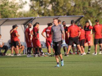 Medina ya tendría el equipo para el retorno de la Superliga